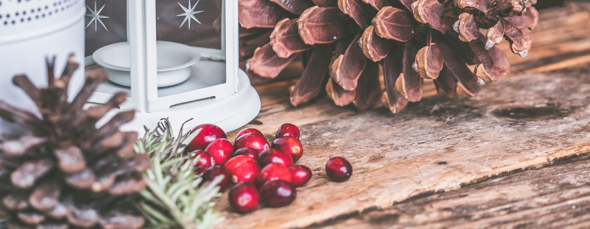5 Ways to Simplify Holiday Decorating